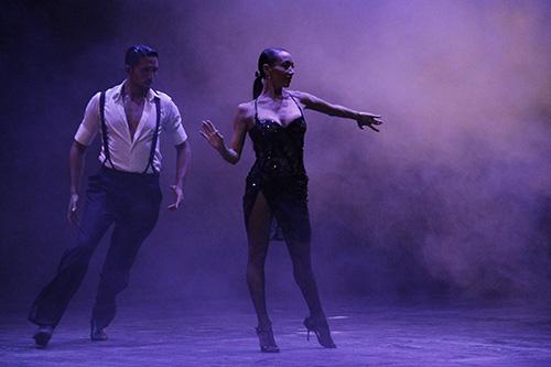 """Mora Godoy regresa con """"Buenos Aires Tango"""""""