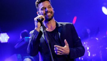 Ricky Martin gana un Grammy y vuelve a Mar del Plata