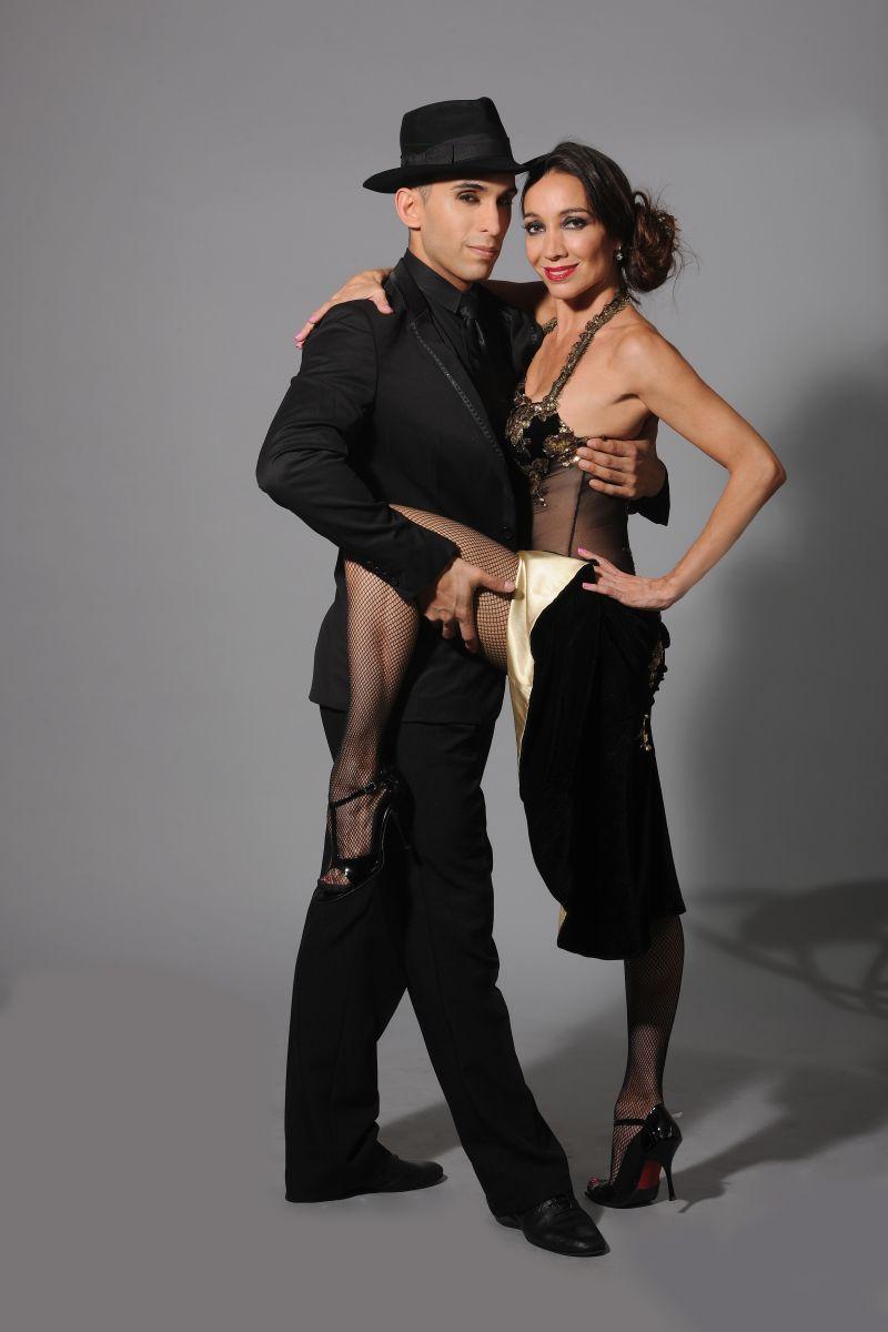 Mora Godoy continúa con Bailando Tango Remix