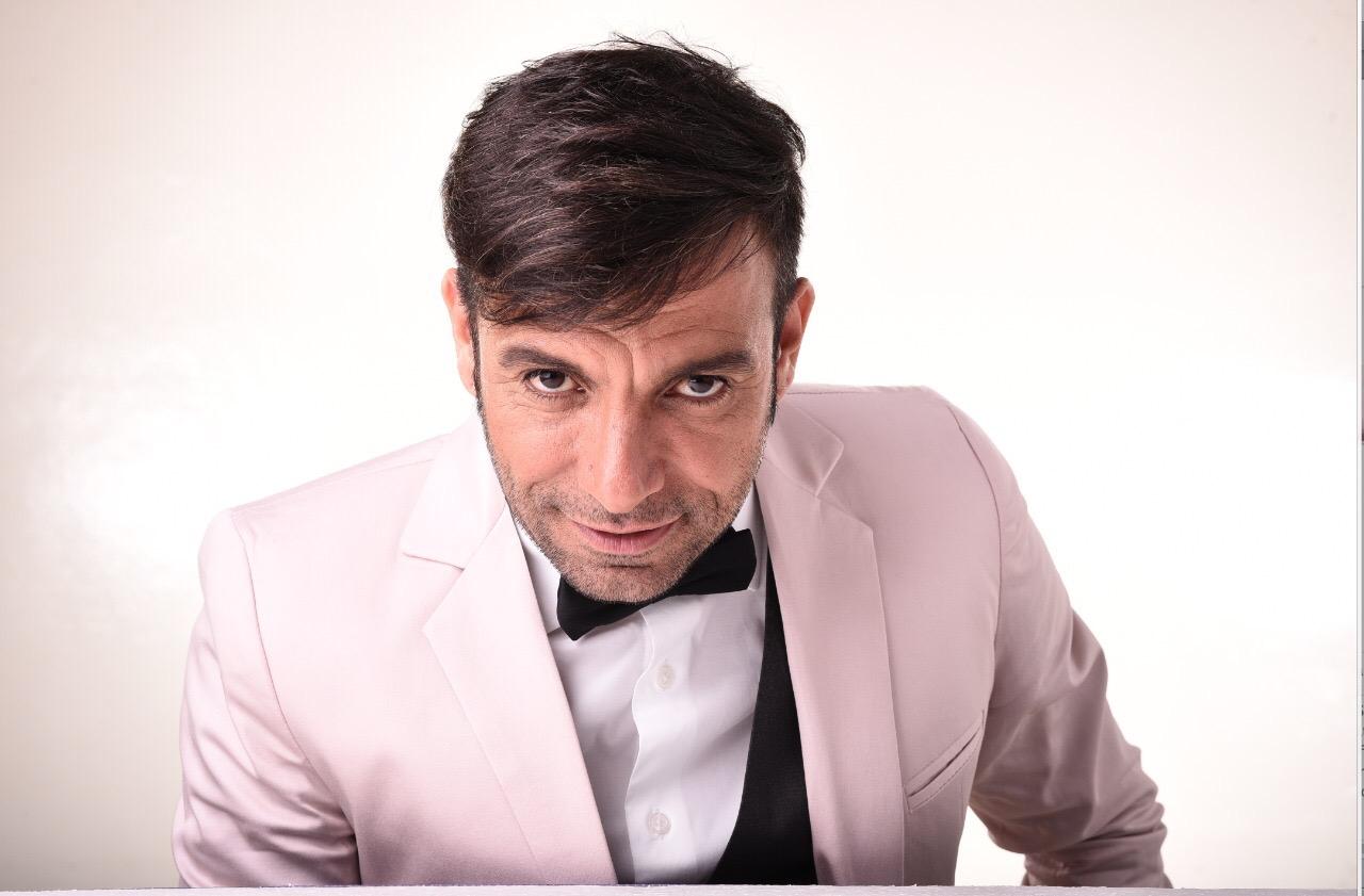 """Martín Bossi inaugura la temporada con """"Bossi Master Show en La Feliz"""""""
