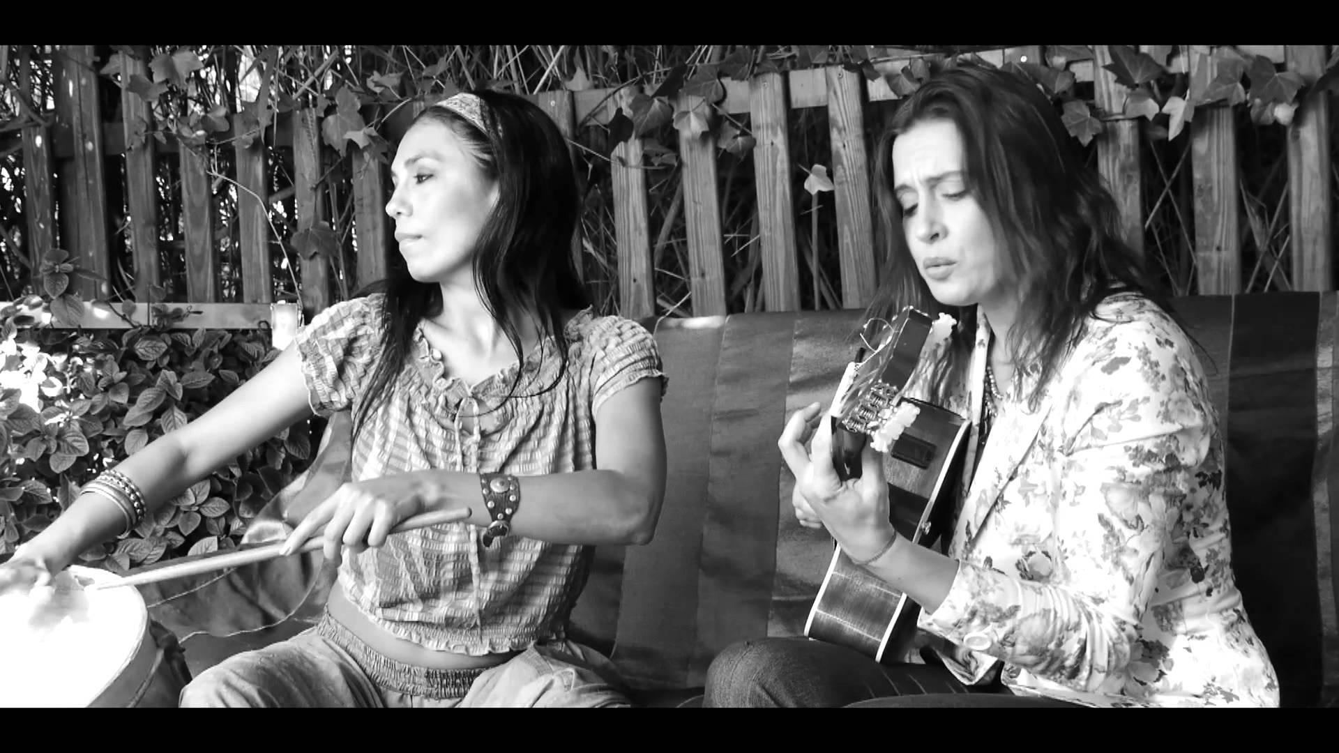La Charo & Malena Muyala en Villa Victoria