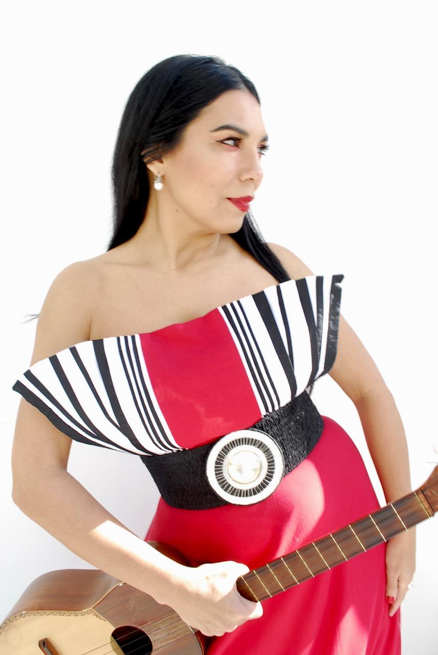 La Charo le canta a Mercedes, homenaje a la gran cantora