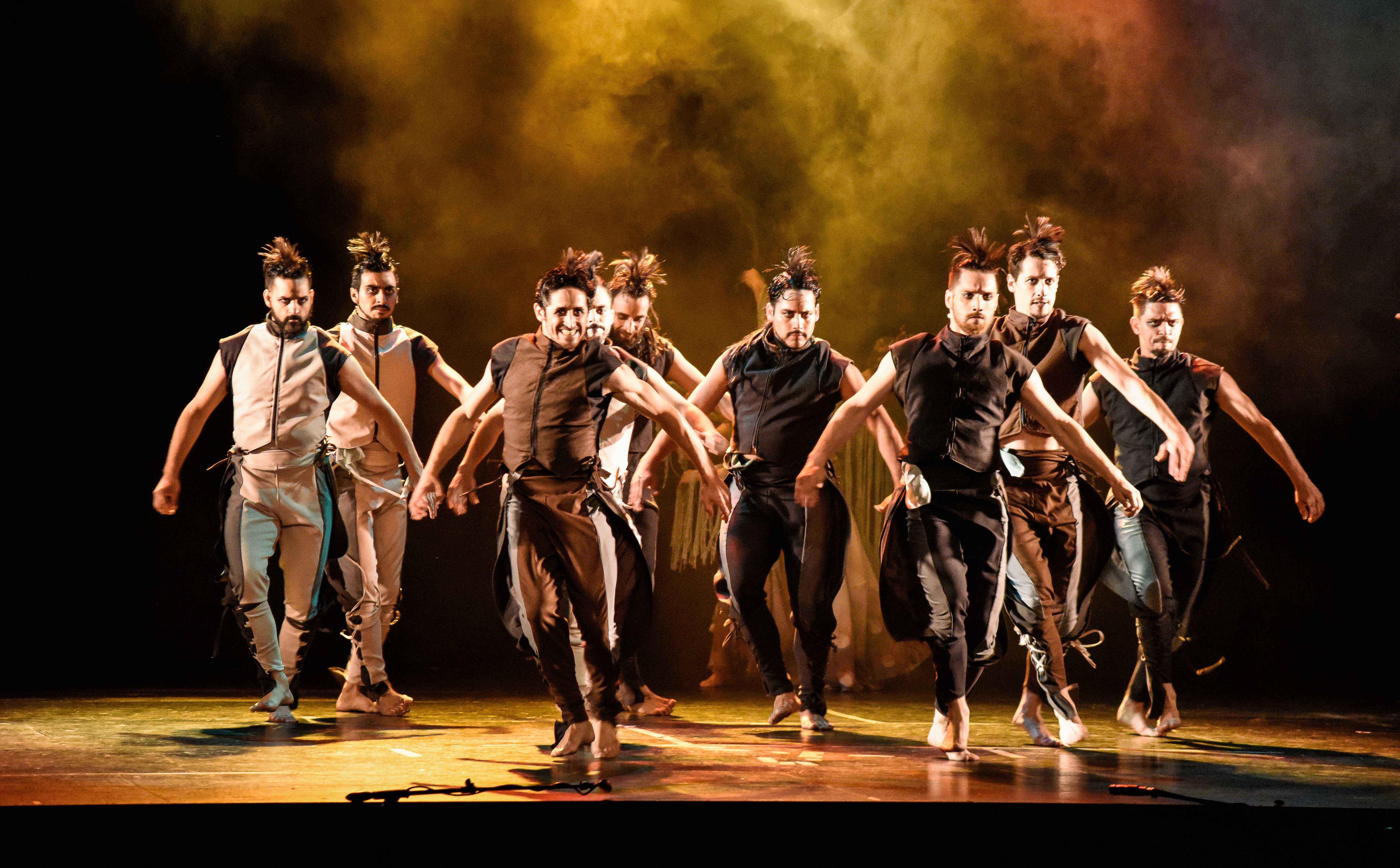 """""""Memoria y futuro"""" del Ballet Folklórico Nacional"""