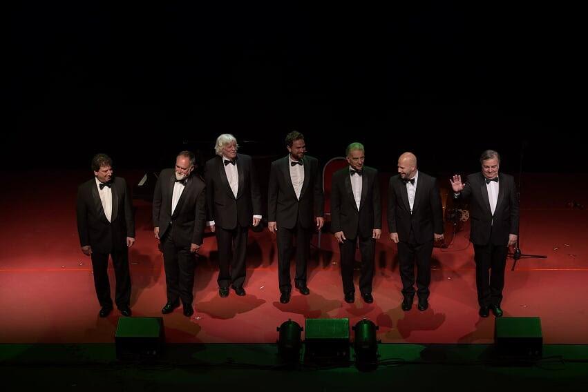 Con Les Luthiers reinaugura el Teatro Tronador