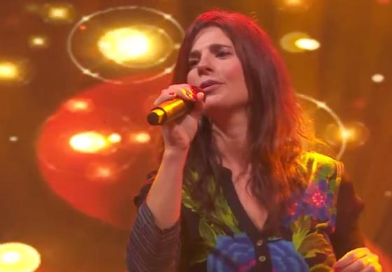 "Florencia Cosentino estrena ""Mil cosas"""